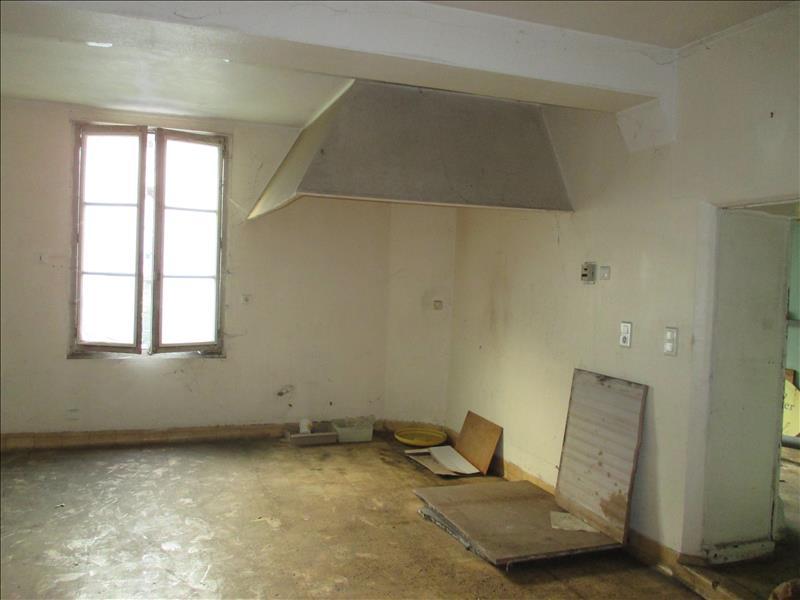 Maison CHATILLON SUR INDRE - 5 pièces  -   180 m²