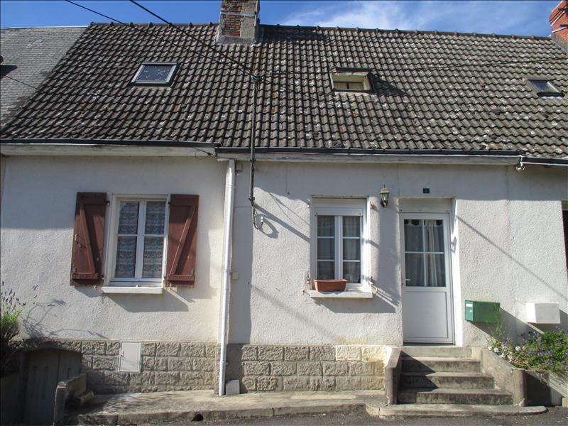 Maison ST GENOU - 4 pièces  -   88 m²