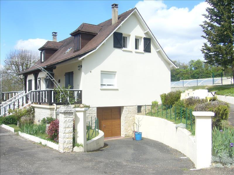 Maison PAYRAC - 9 pièces  -   240 m²