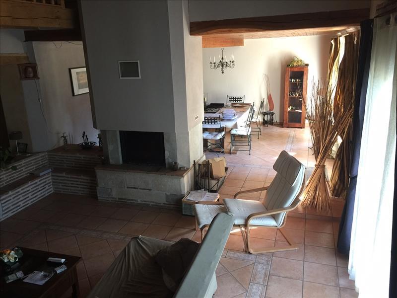Maison BOE - 7 pièces  -   221 m²