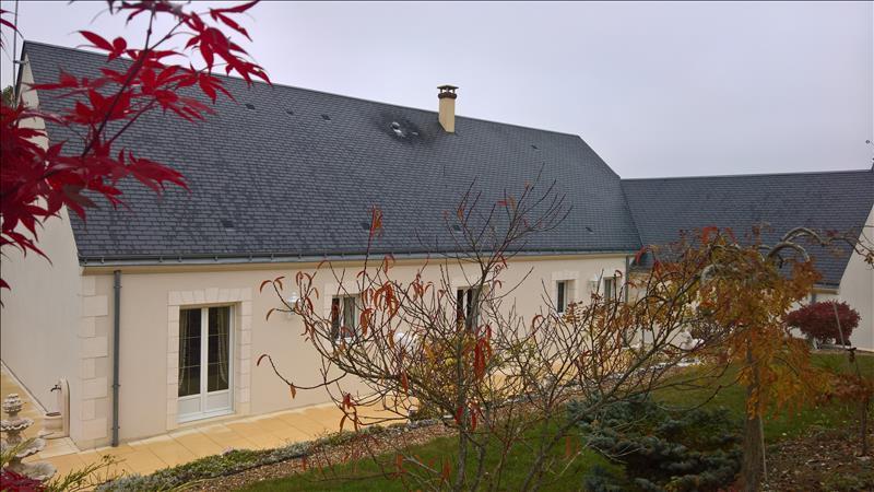 Maison MARCILLY SUR VIENNE - 9 pièces  -   276 m²