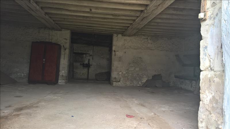 Maison STE MAURE DE TOURAINE - 2 pièces  -   68 m²