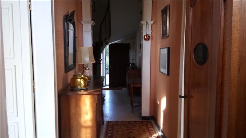 Maison STE MAURE DE TOURAINE - 10 pièces  -   350 m²