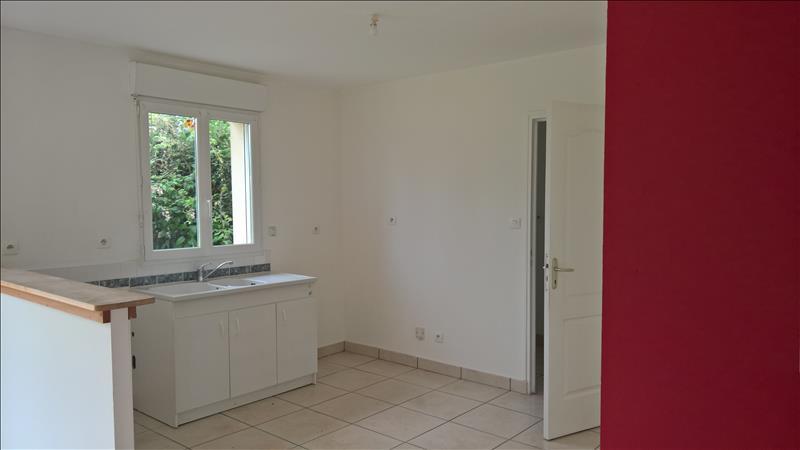 Maison NOYANT DE TOURAINE - 5 pièces  -   93 m²