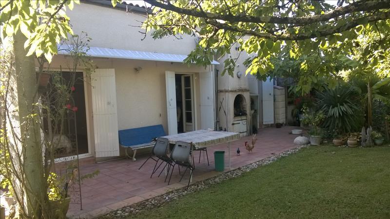 Maison BASSENS - 6 pièces  -   180 m²