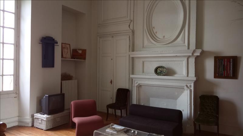 Vente Château AMBES  (33810)