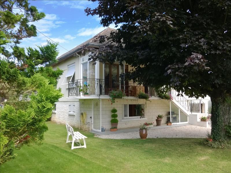 Maison THENAY - 6 pièces  -   183 m²