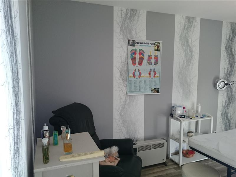 Maison BEYNAT - 5 pièces  -   100 m²
