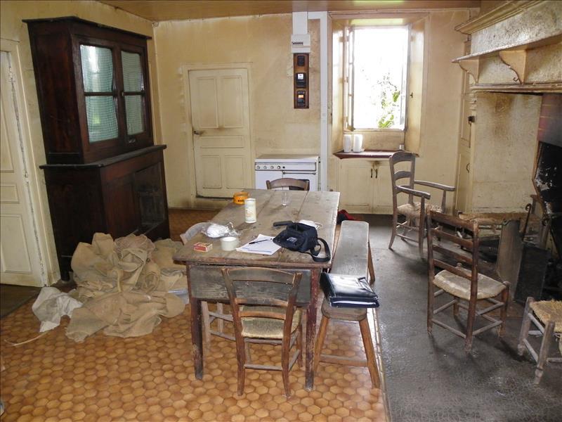 Maison LAGLEYGEOLLE - 4 pièces  -   69 m²