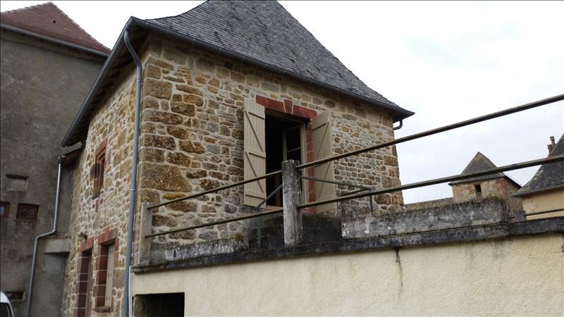Maison SAILLAC - 2 pièces  -   60 m²