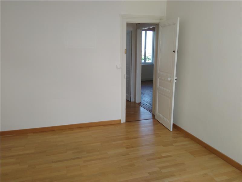 Maison SOYAUX - 7 pièces  -   124 m²