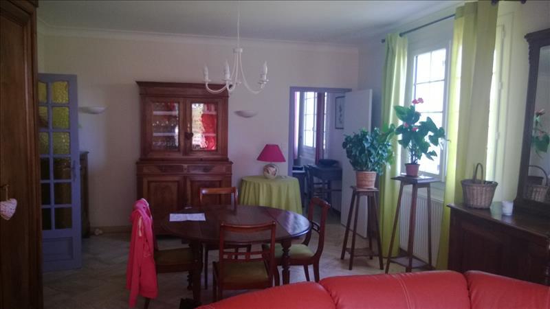 Maison VALENCE - 8 pièces  -   220 m²