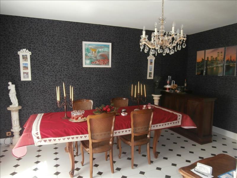 Maison VALENCE - 6 pièces  -   124 m²