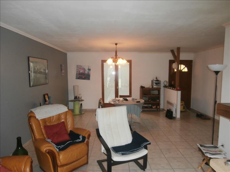 Maison DONZAC - 3 pièces  -   83 m²