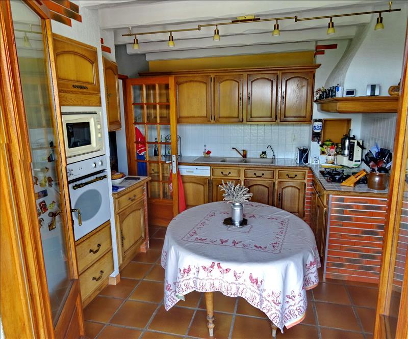 Maison  - 4 pièces    - 103 m² - GASQUES (82)