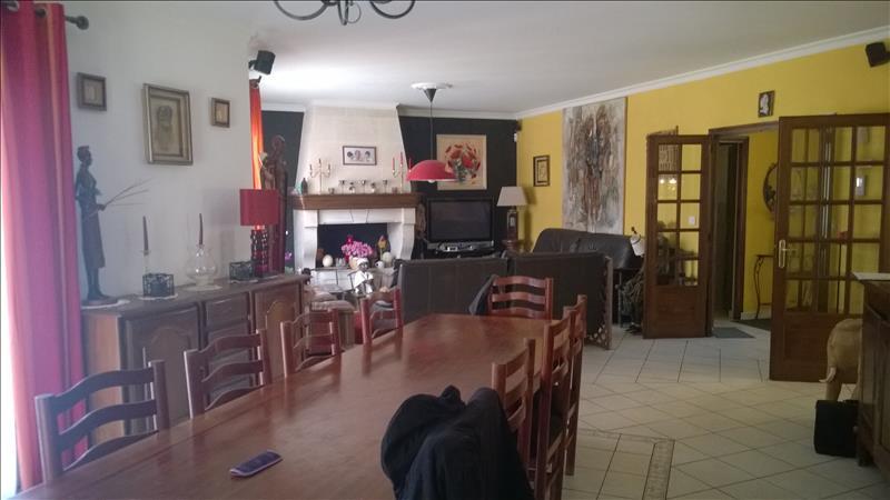 Maison ST MARIENS - 9 pièces  -   220 m²