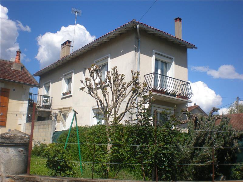 Maison MONTPON MENESTEROL - 4 pièces  -   76 m²