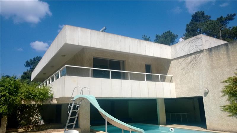 Maison ST LAURENT DES HOMMES - 5 pièces  -   174 m²