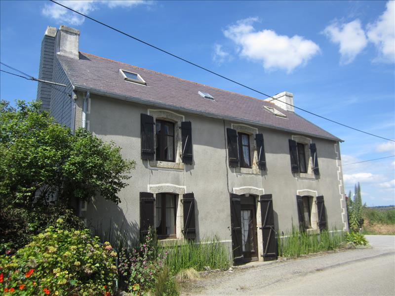 Maison ARGOL - 7 pièces  -   194 m²