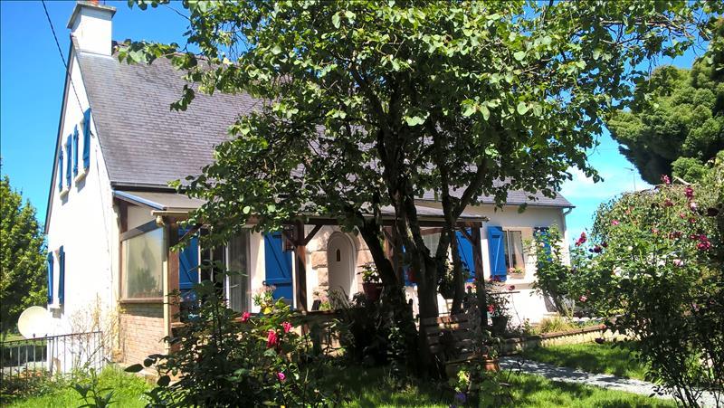 Maison PLOUARET - 7 pièces  -   136 m²