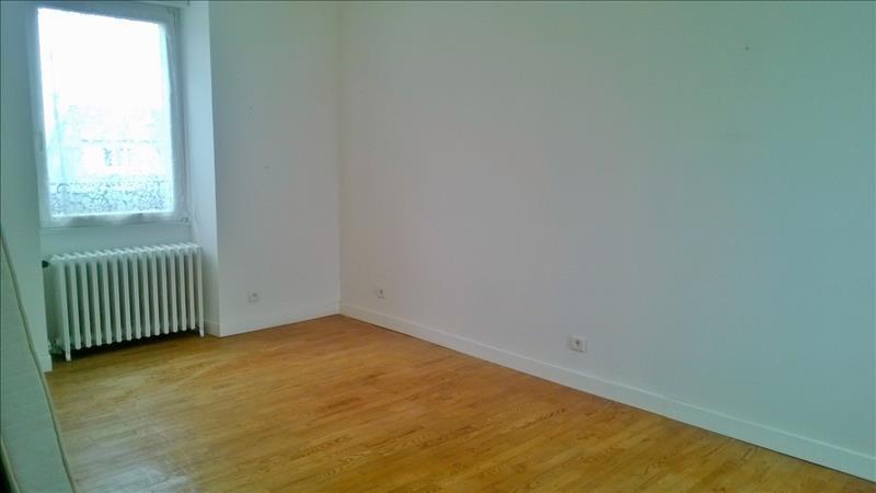 Maison ST RENAN - 6 pièces  -   121 m²