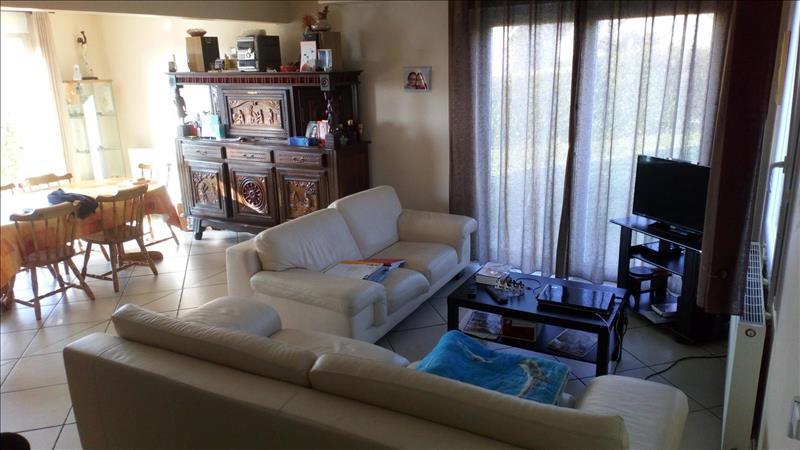 Vente Maison GUICLAN (29410) - 6 pièces - 84 m² -