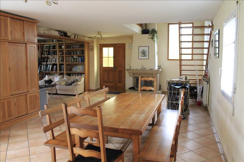 Vente Maison PLOUVIEN (29860) - 7 pièces 215 m²