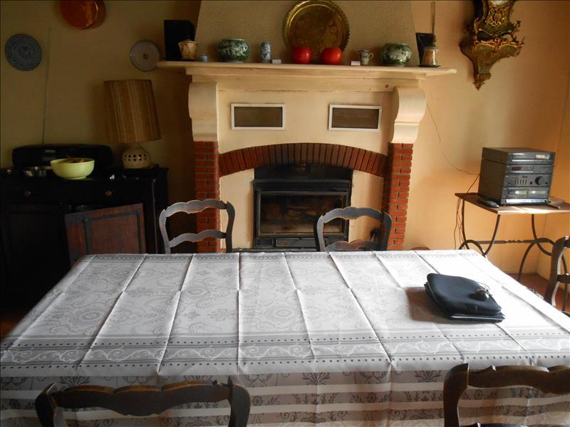 Maison SOUSTONS - 7 pièces  -   160 m²