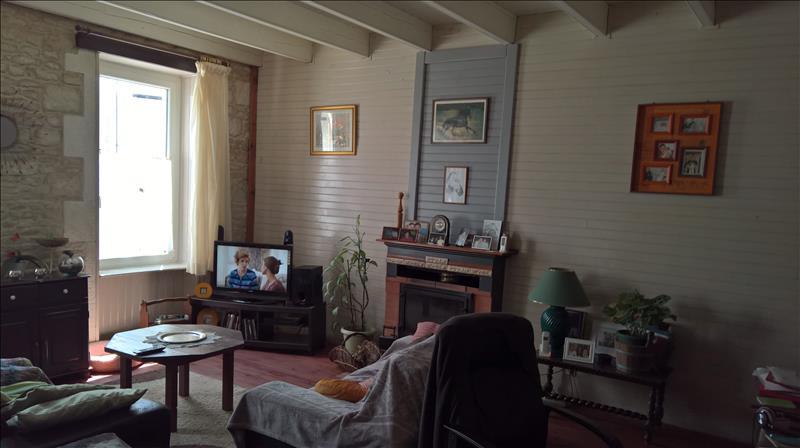 Maison AIGREFEUILLE D AUNIS - (17)