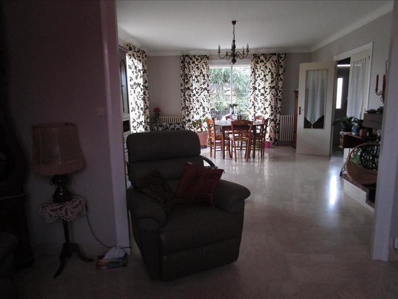 Vente Maison SURGERES (17700) - 6 pièces - 134 m² -