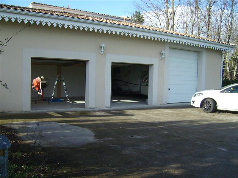Maison PERISSAC - (33)