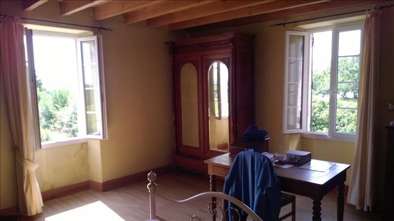 Maison CONDOM - 6 pièces  -   168 m²