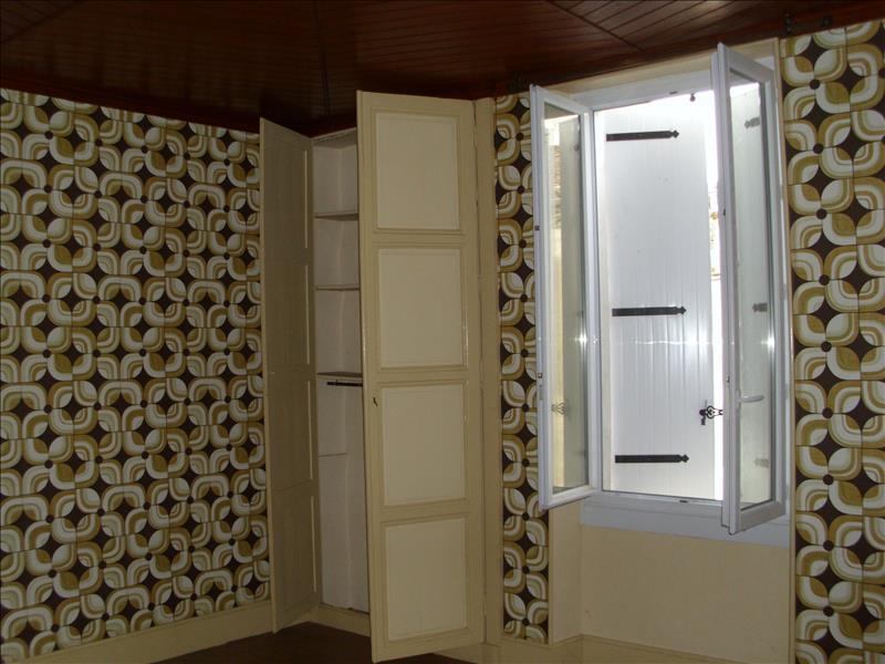Maison VALENCE SUR BAISE - 5 pièces  -   117 m²