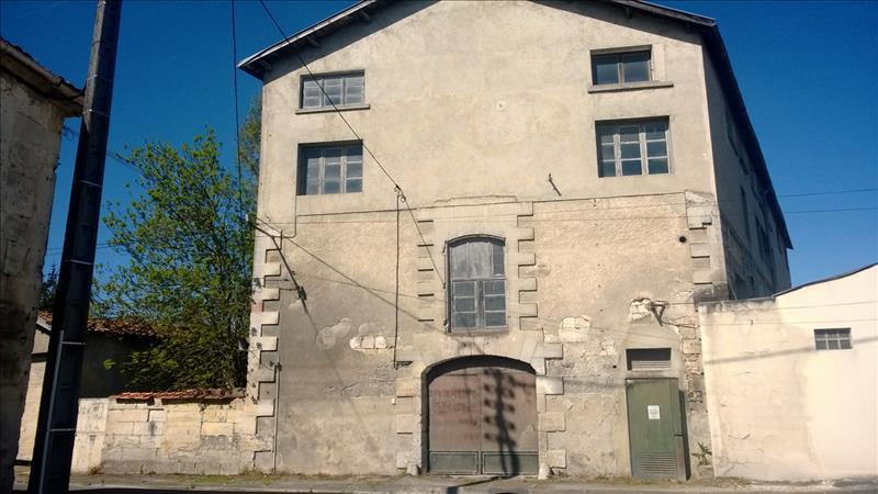 Grange CHATEAUNEUF SUR CHARENTE - 1 pièce  -   326 m²