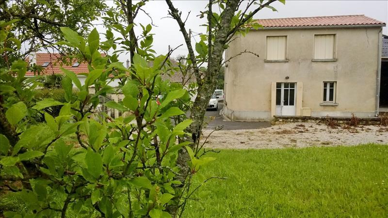 Maison VIBRAC - 3 pièces  -   50 m²