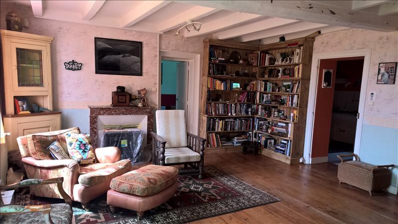 Maison CHATEAUNEUF SUR CHARENTE - 5 pièces  -   118 m²