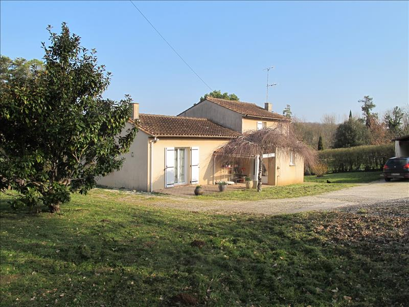 Maison ST SIMEUX - 4 pièces  -   140 m²