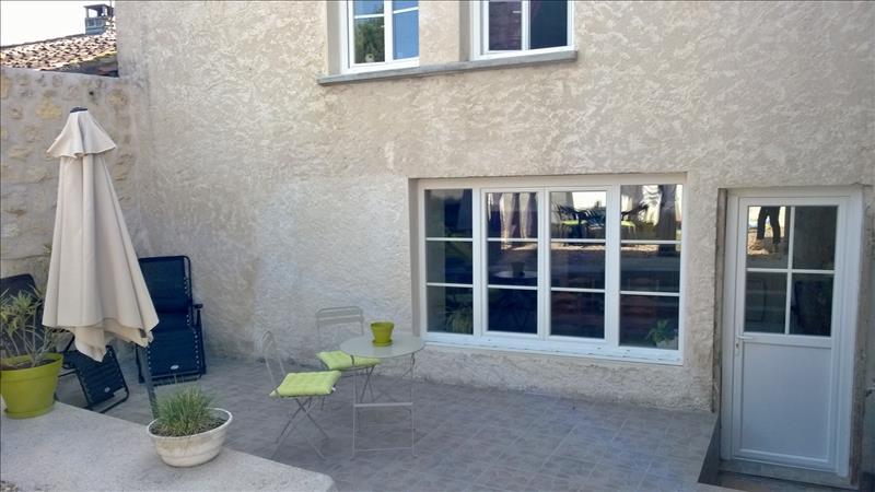 Maison NERSAC - 5 pièces  -   120 m²