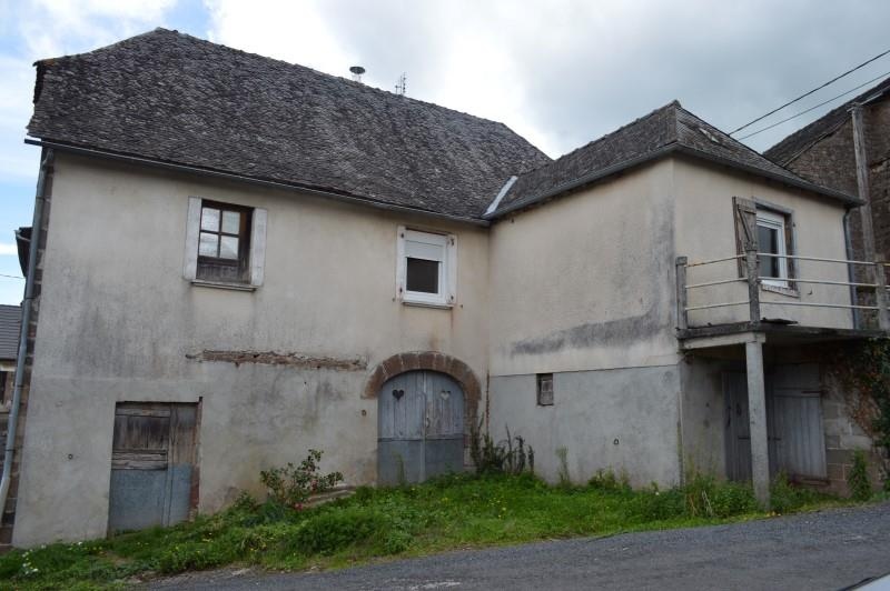 Maison ST SOLVE - 4 pièces  -   99 m²