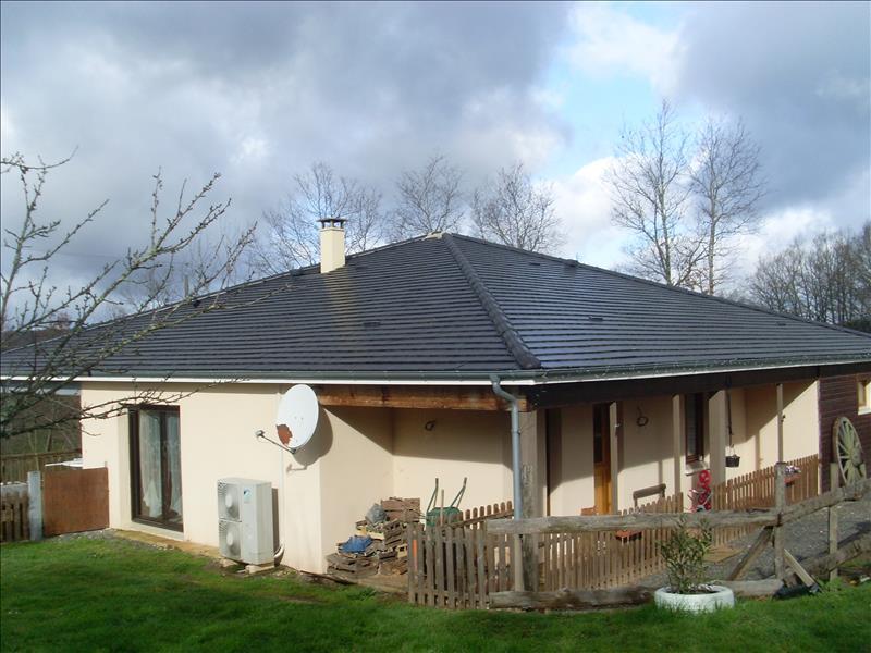 Maison LOUIGNAC - 4 pièces  -   119 m²