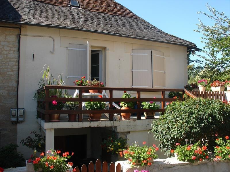 Maison ST ROBERT - 3 pièces  -   56 m²