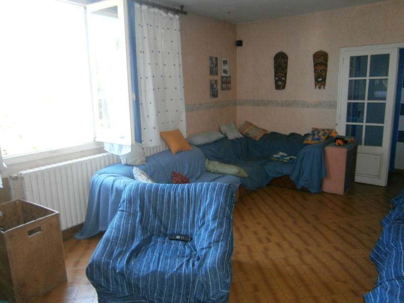 Maison OBJAT - 7 pièces  -   140 m²