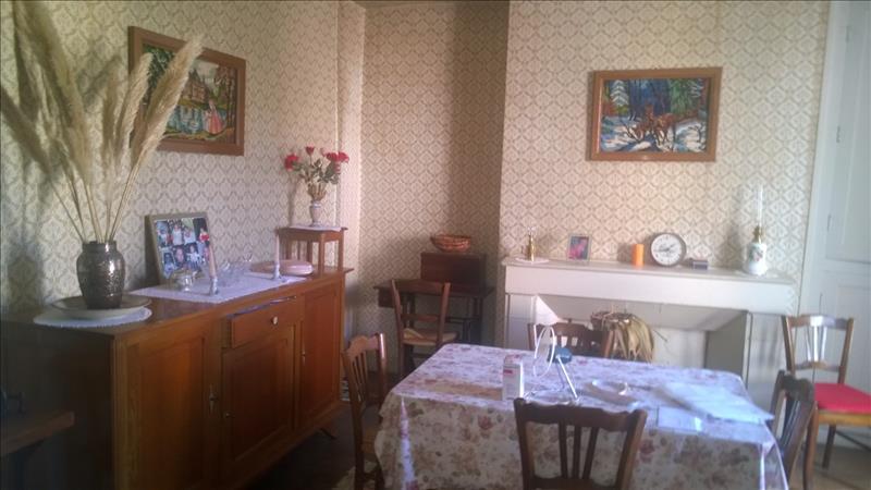 Appartement JUILLAC - 4 pièces  -   95 m²