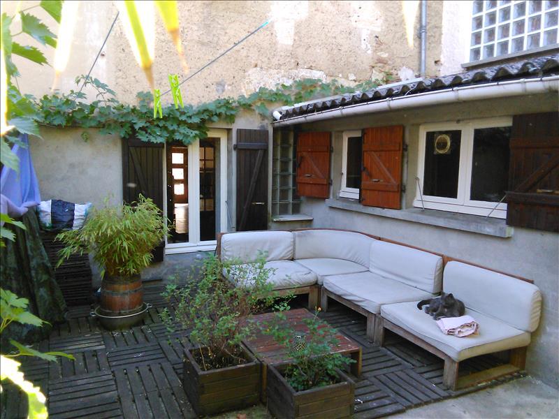 Maison FLEURANCE - 5 pièces  -   100 m²
