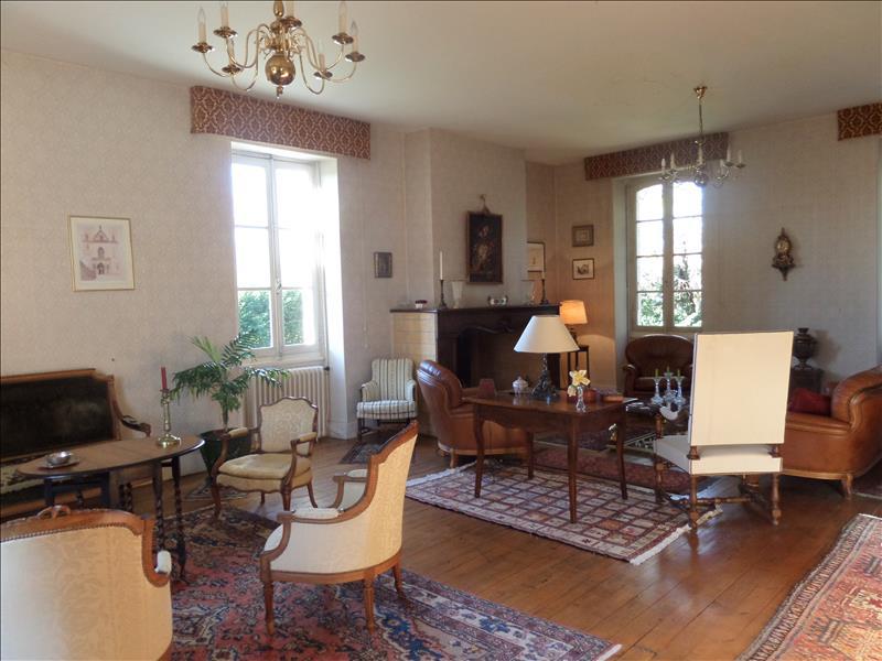 Vente Maison LECTOURE (32700) - 9 pièces 450 m²