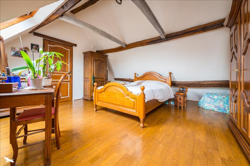 Maison BOISSY SANS AVOIR - 4 pièces  -   110 m²