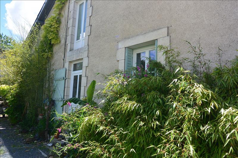Maison CHAROST - 2 pièces  -   62 m²