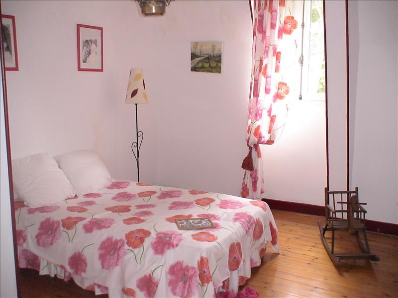 Maison REUILLY - 14 pièces  -   370 m²
