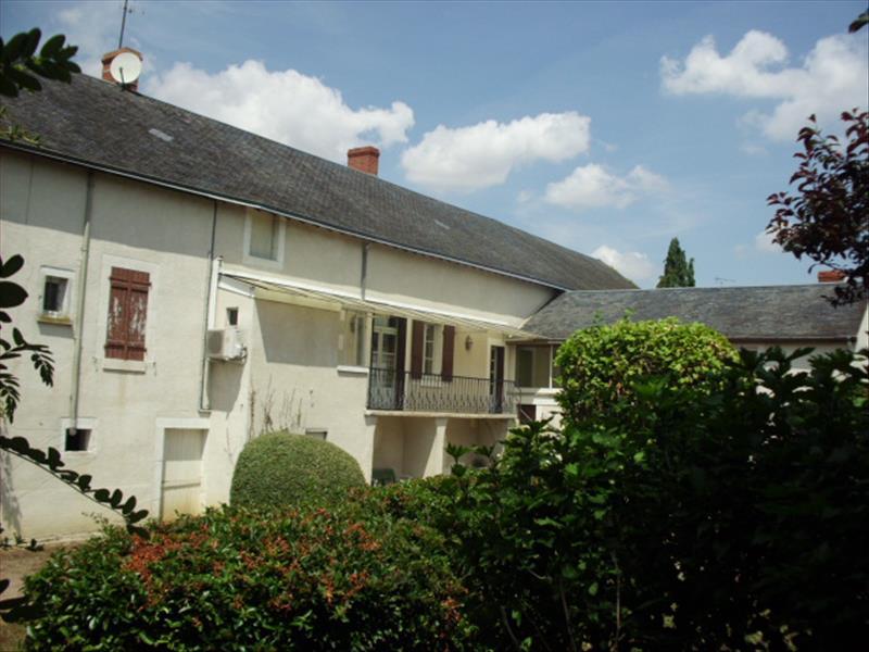 Maison STE LIZAIGNE - 7 pièces  -   242 m²