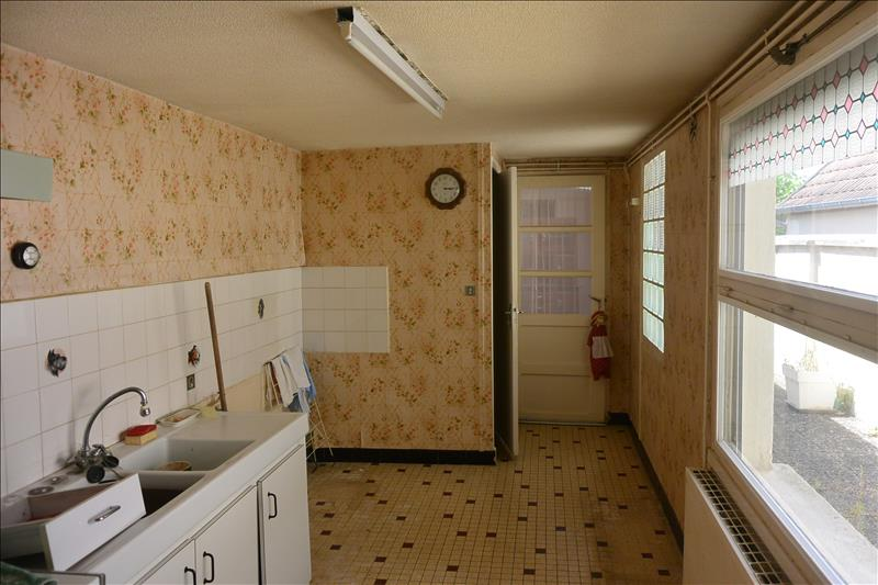 Maison ISSOUDUN - 4 pièces  -   108 m²